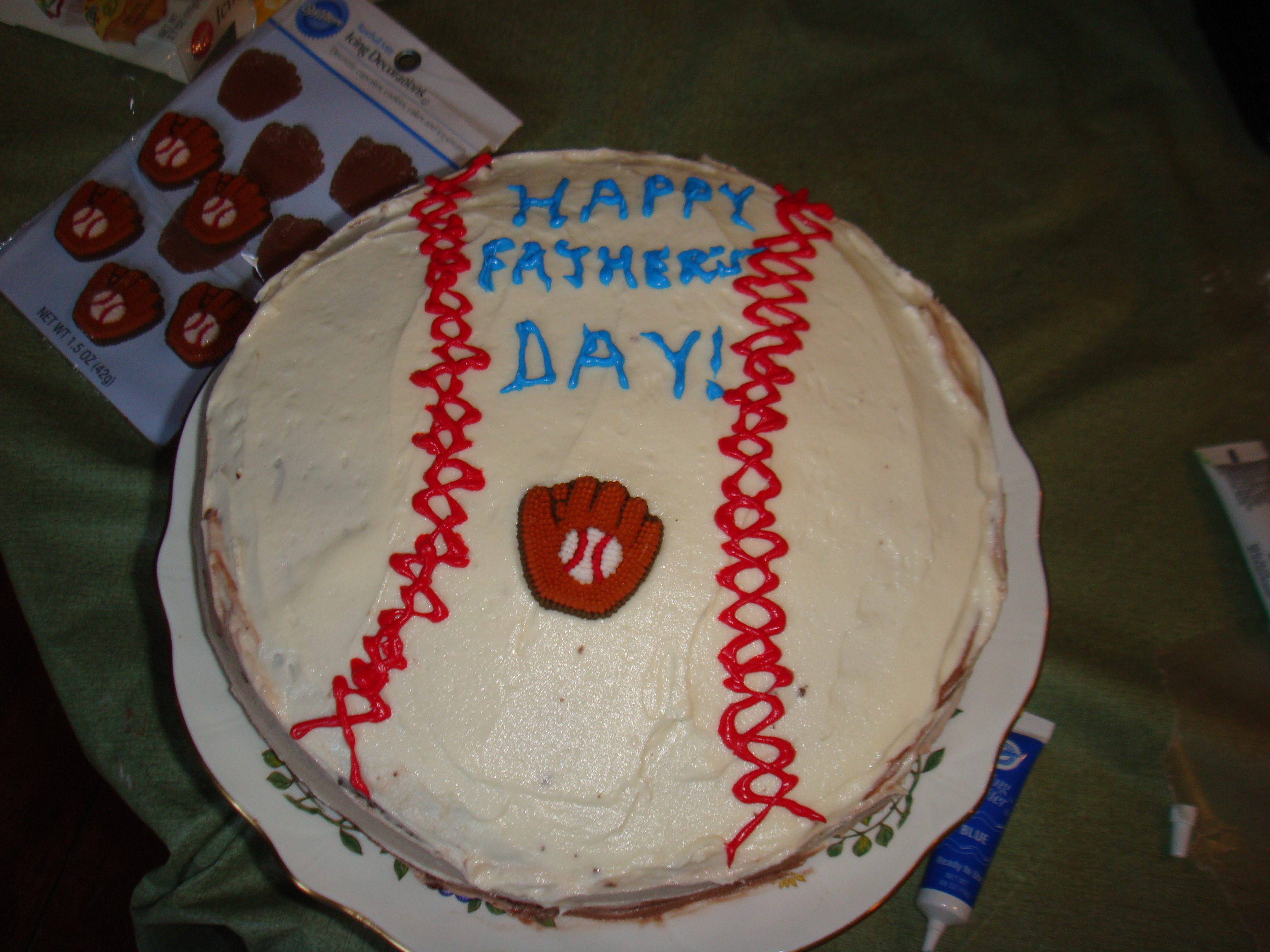 Easy Cake Decorating Ideas For Father S Day : A Father s Day Citi Field Cake (Part I) (Mainly) Gluten ...